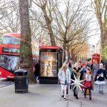 Лондонське новацтво та пташата колядують