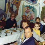 Осип і Наталя Тюшки і внук Богдан на парфії української церкви у Інсбруку. Фото з архіву української парафії у Інсбруку.