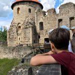 Мандрівка латвійських пластунів до середньовічого міста Цесіса