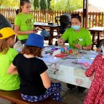 17 квітня пластуни Кіпру малювали писанки